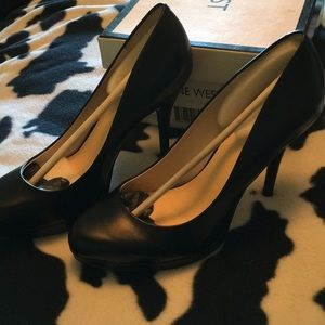Nine West pumps nwt